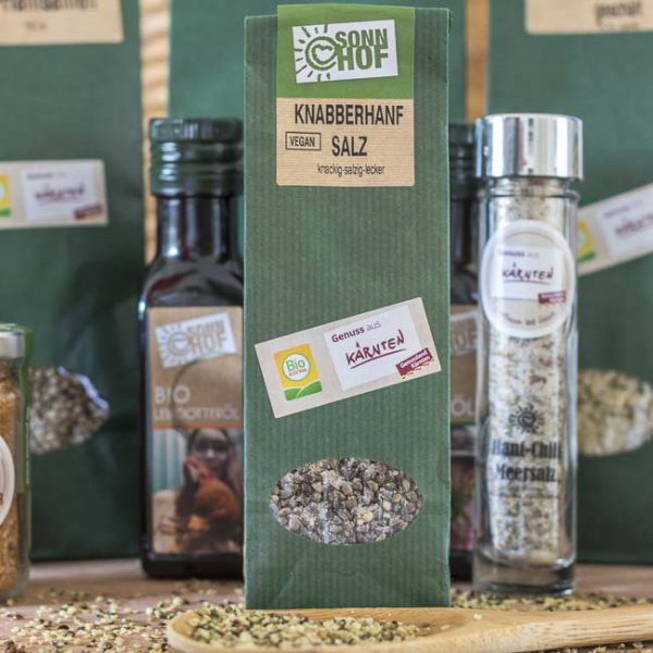 Sonnhof Kulinarik. Knabberhanf. Plautz frisch ins Haus . , Klagenfurt, Kaernten, Austria am 11 May 2017 Foto: Krawagner